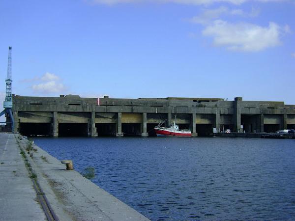 La base sous marine de La Palice