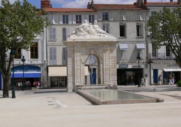La place Colbert de Rochefort