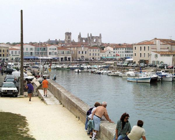 Le port de St Martin en Ré