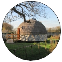 """""""L'igloo à la ferme, une cabane insolite d'exception"""""""
